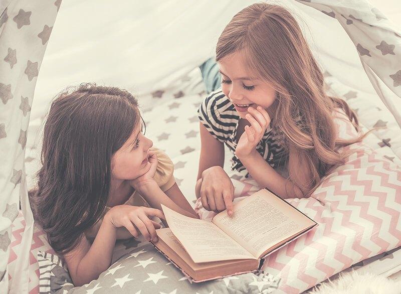 Holzspielzeug und Kinderbücher kaufen