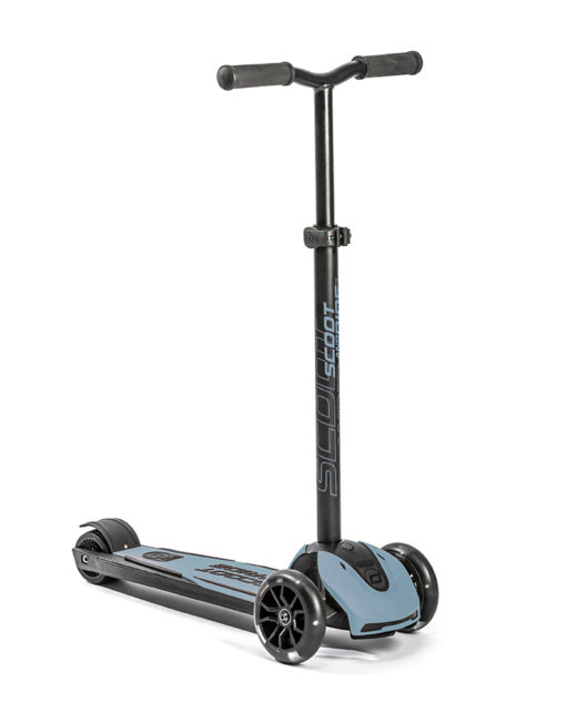 Scoot and Ride Highwaykick 5 LED 2